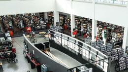 Foto af Næstved Bibliotek taget oppe i luften