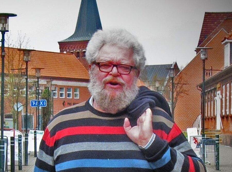 Mød digter Thorvald Berthelsen