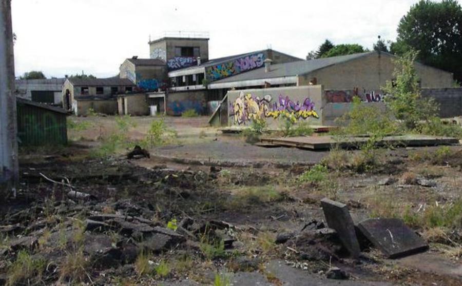 Se billeder af historisk, lokal graffitikunst på Glumsø Bibliotek