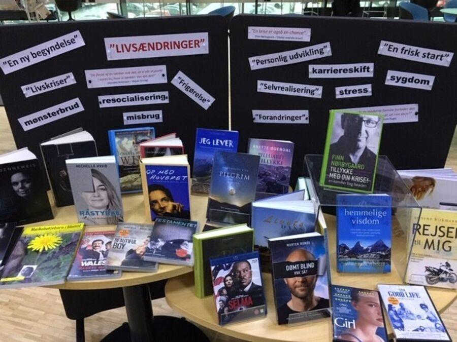 """Udstillingen """"Livsændringer"""" på Næstved Bibliotek"""
